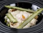 Photo Oeuf parfait aux asperges, petit pois frais et truffe - Bistrot Gourmand